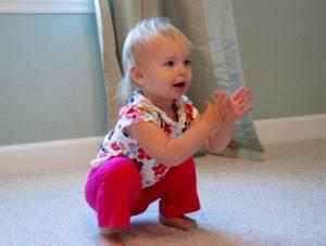 Position du bébé pour le squat