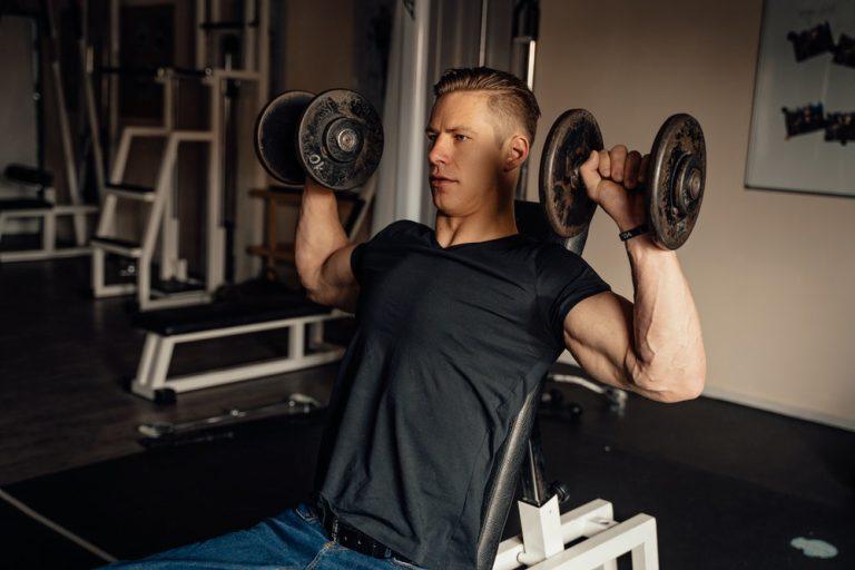 Pourquoi faire des exercices pour muscler les épaules
